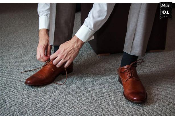 Erste rahmengenähte Schuhe