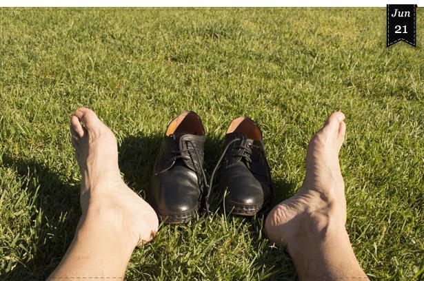 Strumpfloser Auftritt bei Herren – Fauxpas vs. Modetrend?